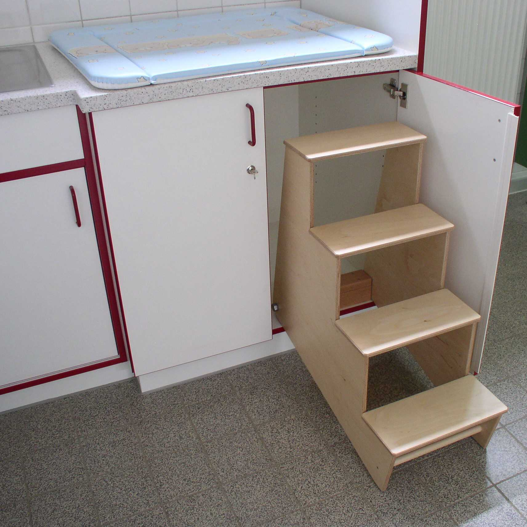 schreinerei maier m bel zum arbeiten. Black Bedroom Furniture Sets. Home Design Ideas